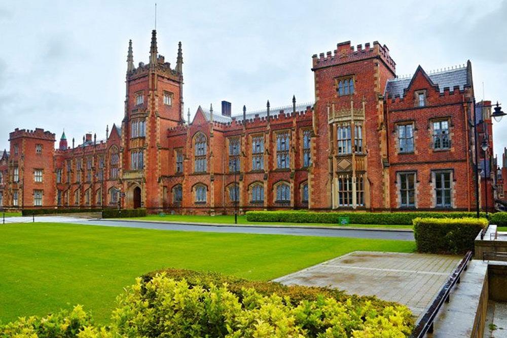 Queens University Belfast Exterior